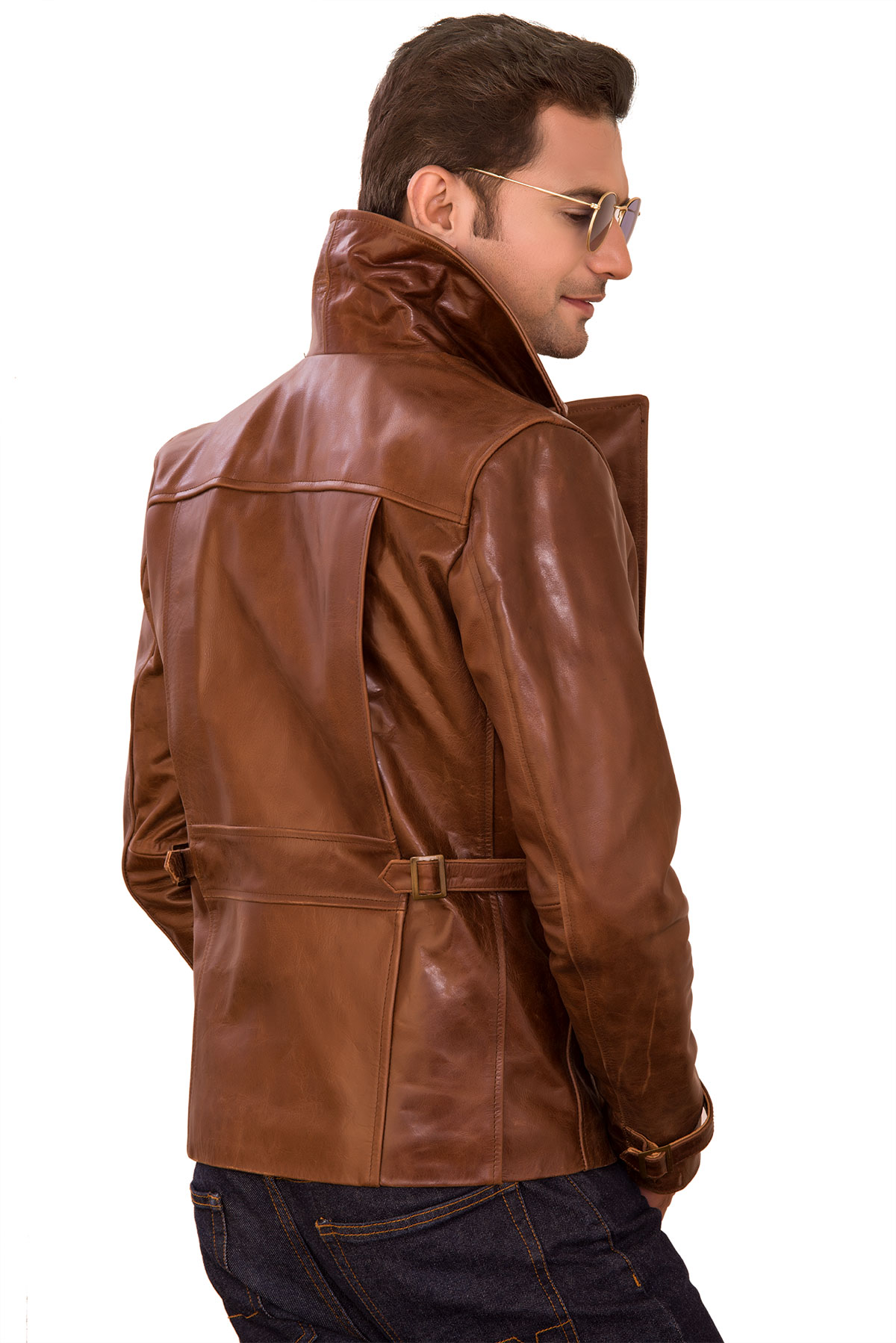 mens brown leather jacket outfit ideas