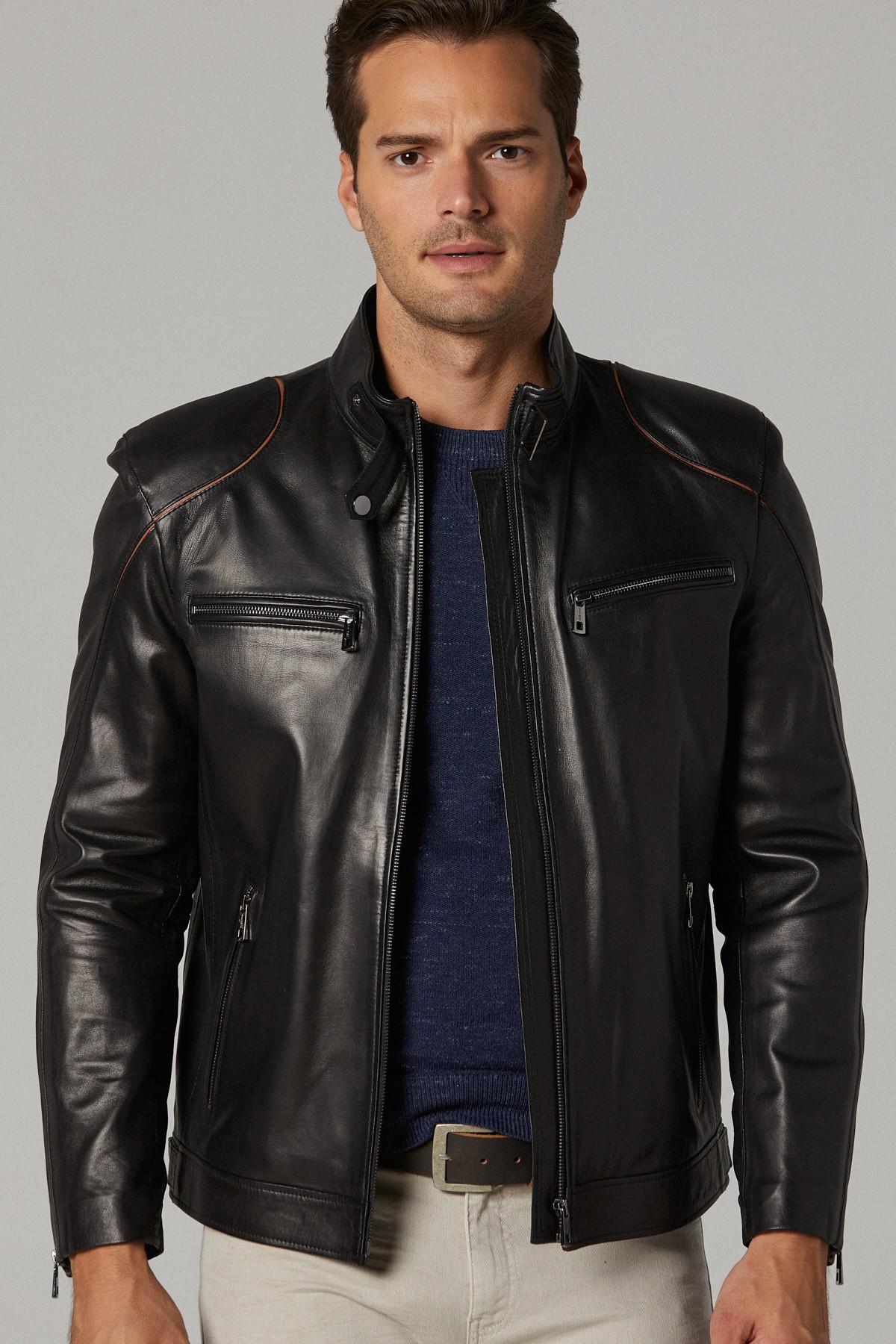 Wilsons Leather Pelle Studio
